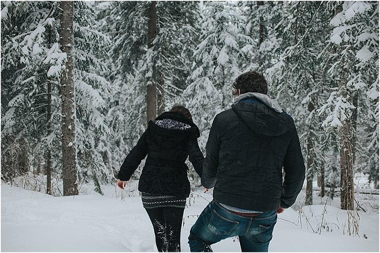 séance couple dans la neige